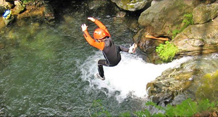 Ares Canyoning Sprung
