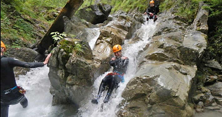 Ares Canyoning Rutschen